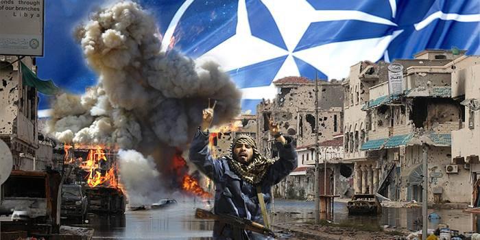 Libyan kaupunkeja raunioitui ja al-Qaida nousi valtaan Naton pommitusten myötä.