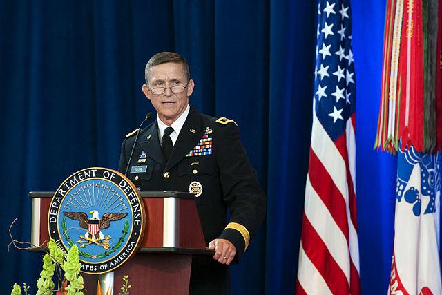 Sotilastiedustelu DIA:n johtajaksi siirtynyt Kenraali Michael T. Flynn vuonna 2012. Kuva: Erin A. Kirk-Cuomo | Wikimedia Commons