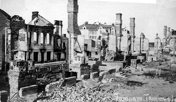 Sisällissodan aiheuttamia tuhoja Tampereella.